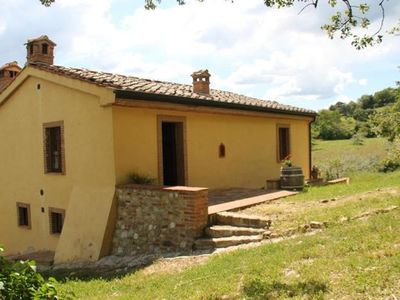 Photo for Holiday house Chiusdino for 1 - 5 persons with 2 bedrooms - Farmhouse