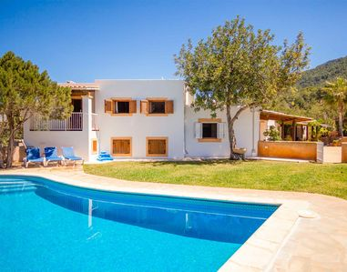 Photo for House 5 rooms, swimming pool, near Cala Vadella, Cala Carbo, Cala D'Hort.