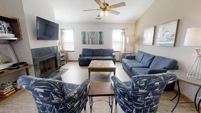 Photo for K1218 Smooth Sailing. Oceanfront, MP 10, Pool, Hot Tub, Pets OK, Rec Room