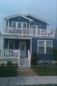 Modern 1,800 sf single Home 1 Block from Beach and Boardwalk