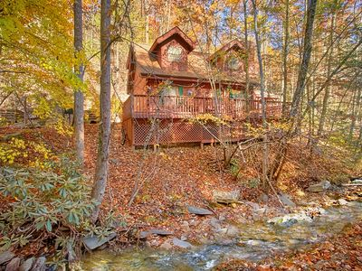 Photo for 2 Bedroom Pet Friendly Cabin on a Creek