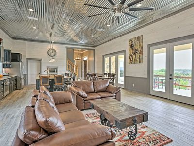 Photo for 'Ladera' Hill Country Estate on 13 Acres w/Hot Tub