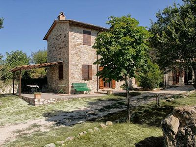 Photo for Holiday apartment San Venanzo for 1 - 4 persons - Farmhouse