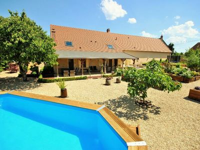 Photo for Villa for 10 people, heated pool, jacuzzi, charity on Loire,