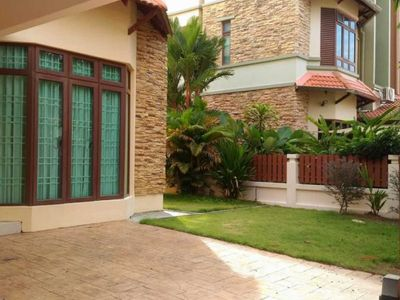 Photo for 5BR Apartment Vacation Rental in Ayer Itam, Pulau Pinang