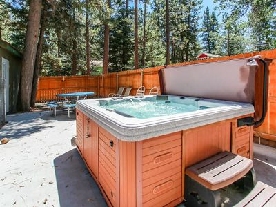 Photo for Moonridge Pines Fresh/Modern 4 BR / Spa / Golf/Ski