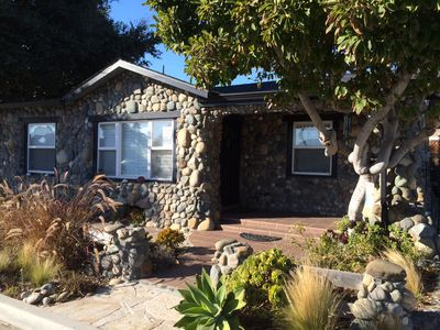 Photo for 3bd/2ba Cottage w Hot Tub/Bikes/Amenities. Walk to Beach, Harbor, Restaurants