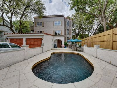 Photo for Beautiful 4 bed, 5 full bath, East Beach with Pool, 3 houses from East Beach