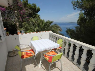 Photo for One bedroom apartment near beach Sali, Dugi otok (A-8135-b)