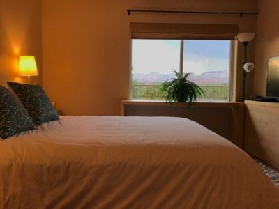 UPSCALE PRIVATE PEACEFUL RETREAT HOME IN THE HEART OF SEDONA VIEWS HIKING