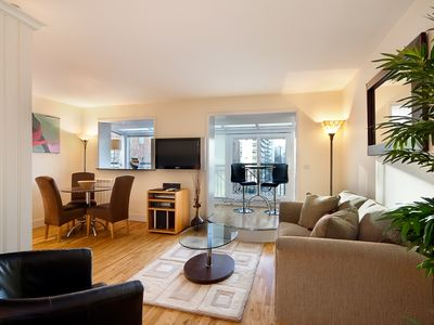 Fascinating 1br In Dockland River Views