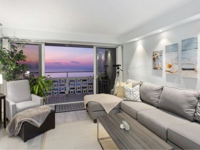 Photo for Lauderdale-by-the-Sea high rise with ocean views