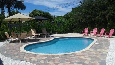 Photo for LOCATION! LOCATION!  MIN. TO SANIBEL AND FT. MYERS BCH. GORGEOUS SALT POOL!!