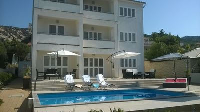 Photo for 1BR Apartment Vacation Rental in Banjol