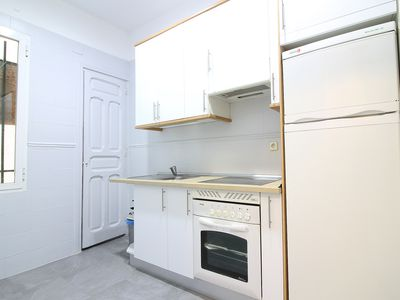 Photo for APARTMENT IN THE CENTER, LAVAPIES, WIFI, AC, 7PAX!