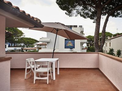 Photo for Charming apartment with huge roof terrace - Appartamento Mansarda Villa Mare