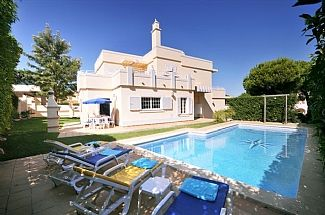 Photo for Luxury and Spacious Villa with Private Pool in Secluded Garden