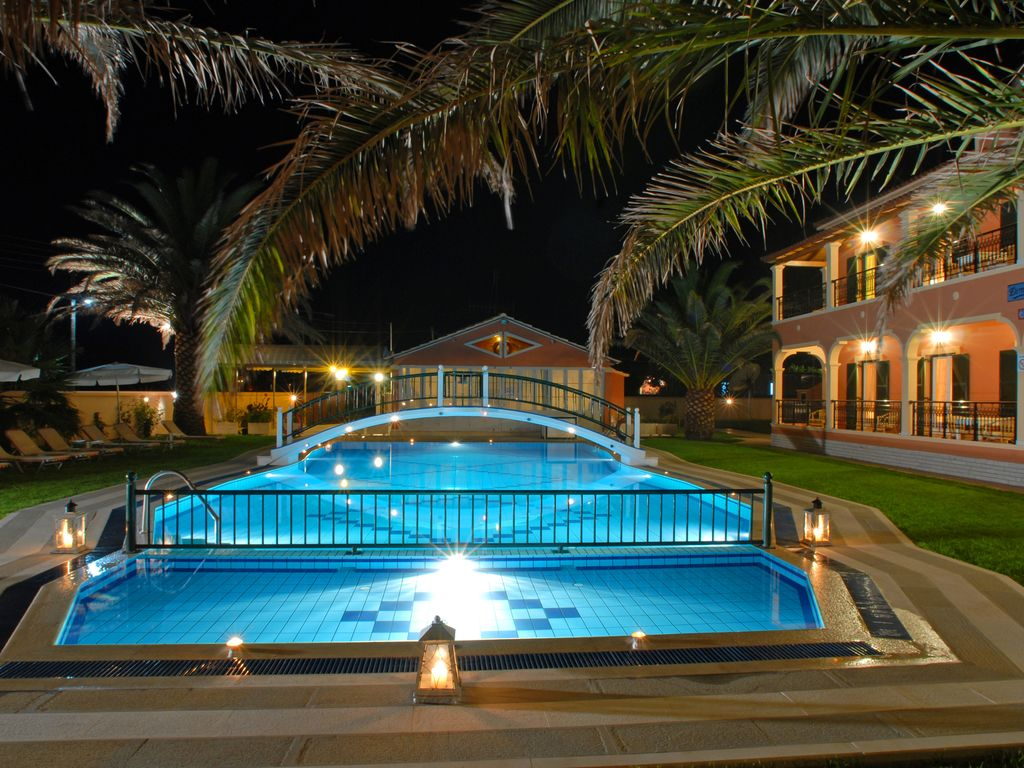 In Villa Luxury Apartment With Pool Magoulades Corfu