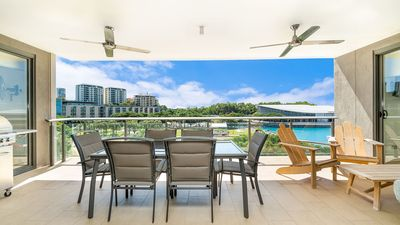 Photo for Lagoon 308 - 2 bedroom Darwin Waterfront Apartment