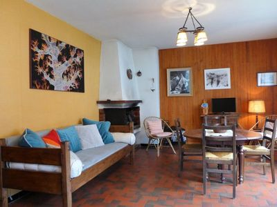 Photo for 3 bedroom Villa, sleeps 6 in Les Houches with WiFi