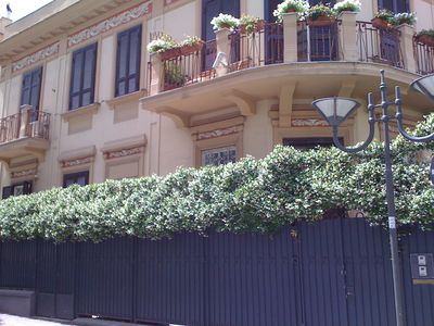 Photo for Villa Elena, beautiful part of villa of the 900th in Portici center