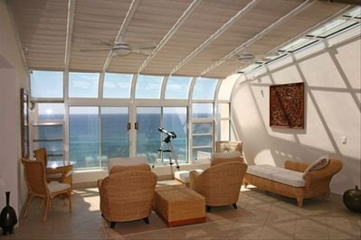 The Atrium - comfortable ocean-viewing room !!