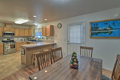 This ranch house features 3 bedrooms, 2 bathrooms & accommodations for 10.