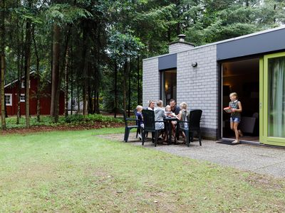 Photo for Nicely furnished bungalow with a fireplace in the Veluwe