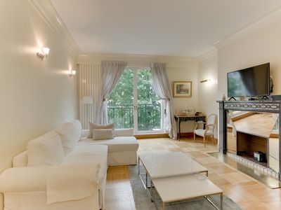 Photo for Charming luxury apartment on one of the most beautiful Avenues of the world