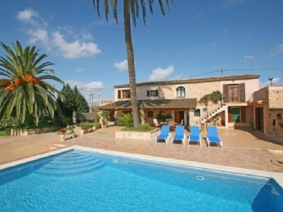 Photo for Typical Mallorcan finca 3 km from Manacor with special couples private pool