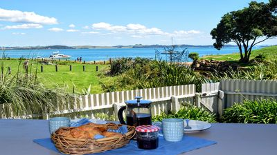 Photo for Bay Retreat - Absolute Beachfront Holiday Home