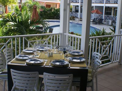 Luxury Apartment With Direct Pool Access, across the road from the Beach