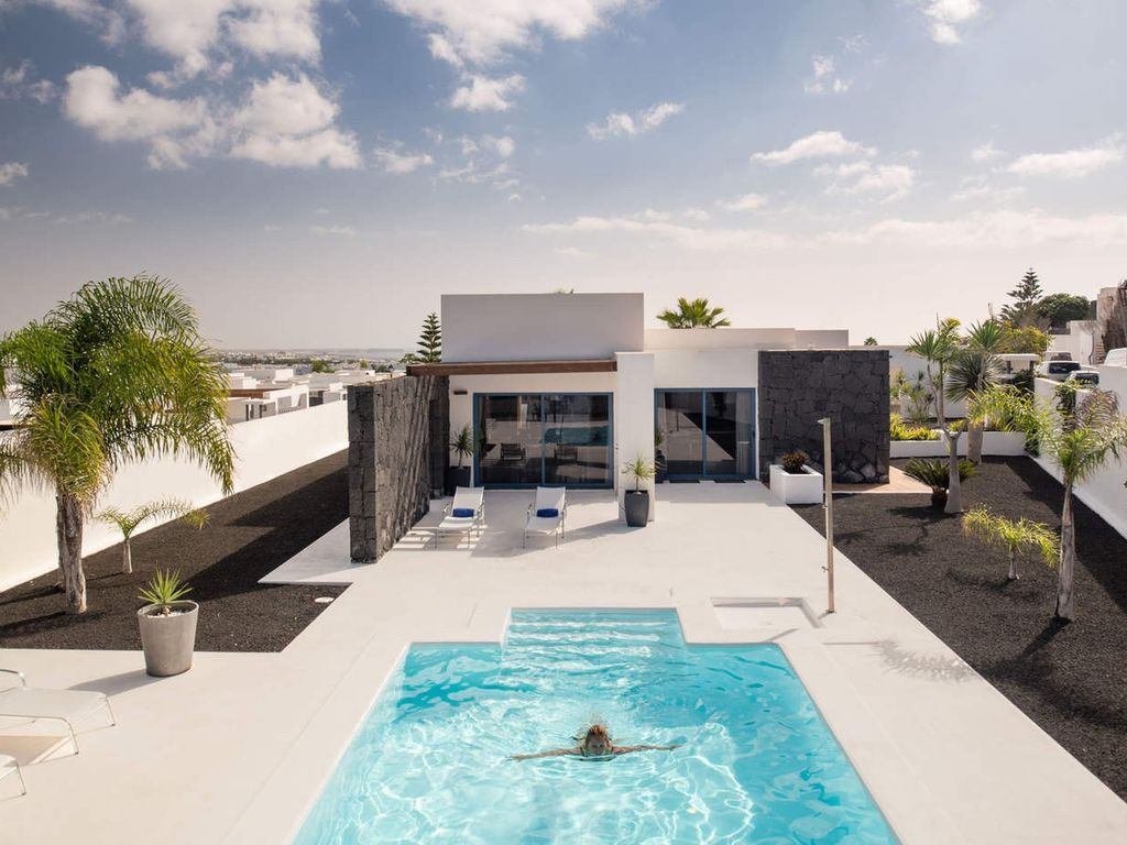 playa blanca - lanzarote (house 914227): 73 m from the center of