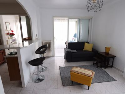 Photo for Nice apartment of 60 m2 quiet 300m from the Croisette, near the Martinez