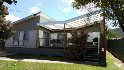 Photo for The Sunny House - Lake Eildon Holiday Rentals