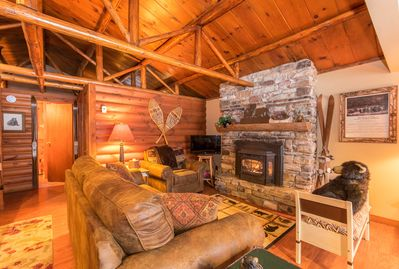 Bear Cabin Living Room with Gas fireplace