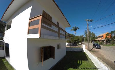 Photo for Apartment on the avenue 2 blocks from the beach of Ferrugem