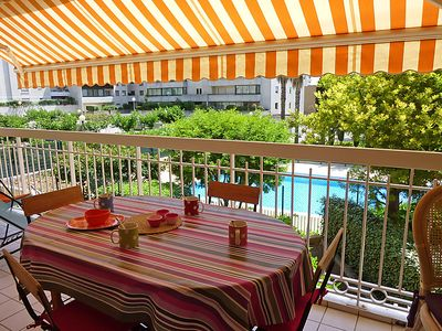 Photo for One bedroom Apartment, sleeps 4 in Saint-Raphaël with Pool and WiFi