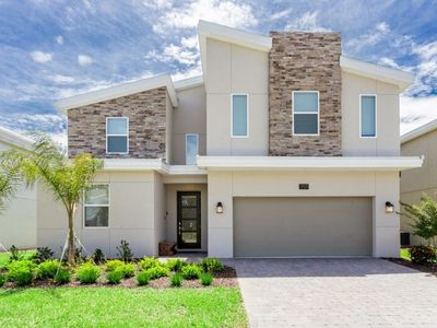 Bright ChampionsGate Golf Course View 9bed/5bath minutes from major attractions