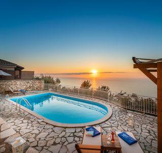 Photo for Blue Chill Villa, where summer dreams come true! Magnificent view and location!!