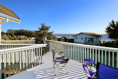 Sundeck - A large sundeck offers sweeping views of Monterey Bay and the Pacific Ocean.