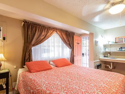 Photo for Air Conditioned Charming Kalama Room