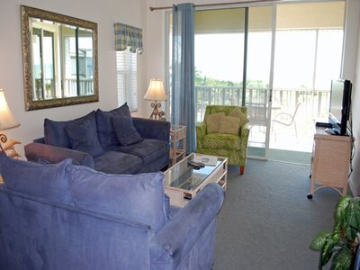 Photo for Shell Island Beach Club 7C, Gulf Front Condo on Quiet East End
