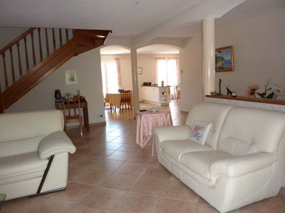 Photo for Villa with pool, between sea and mountains, 10 minutes from the beaches of Argelès