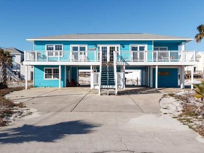 Photo for Casa Tango - Beautiful Blue Home in Navarre Beach! Sleeps 10, Pet-Friendly, Partial Gulf View!