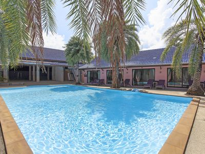 Photo for ⭐Sugar Palms Resort 9BR Sleeps 18 w/ Private Pool 100m to Beach
