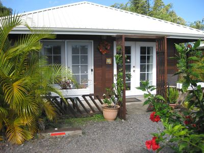 Photo for Lovely garden cottage, Hamakua waterfall district, 100% solar