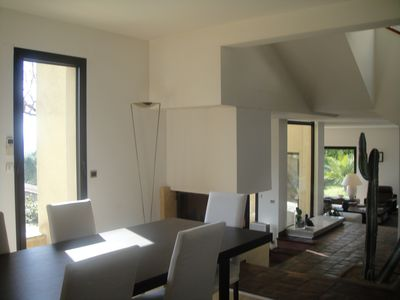 Photo for Detached house with pool and large terrace. view of the Alpilles