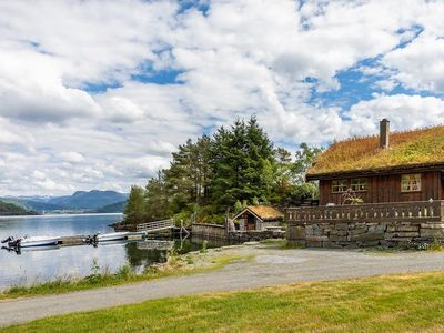 Photo for Beautiful holiday home directly by the Etnefjord. For up to 6 people with very good facilities