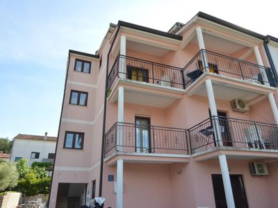 Photo for Apartment 713 m from the center of Poreč with Internet, Air conditioning, Parking, Terrace (986135)